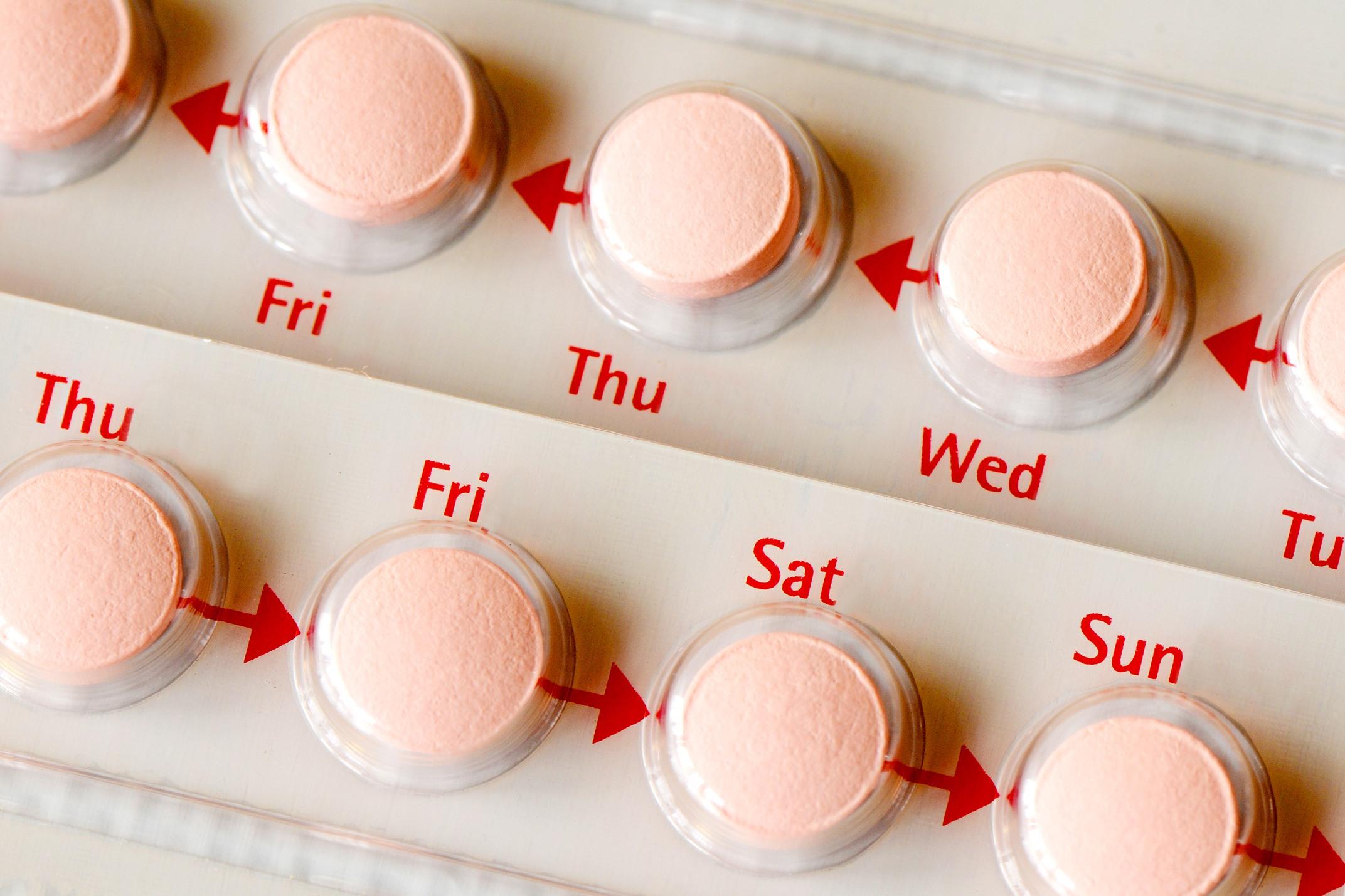 Associação de Estradiol e Acetato de Noretisterona em Baixas Doses é Eficaz para o Tratamento dos Sintomas da Menopausa sem Produzir Hemorragias